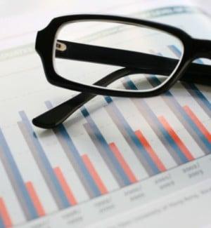 iStock_6703194_glasses-graph